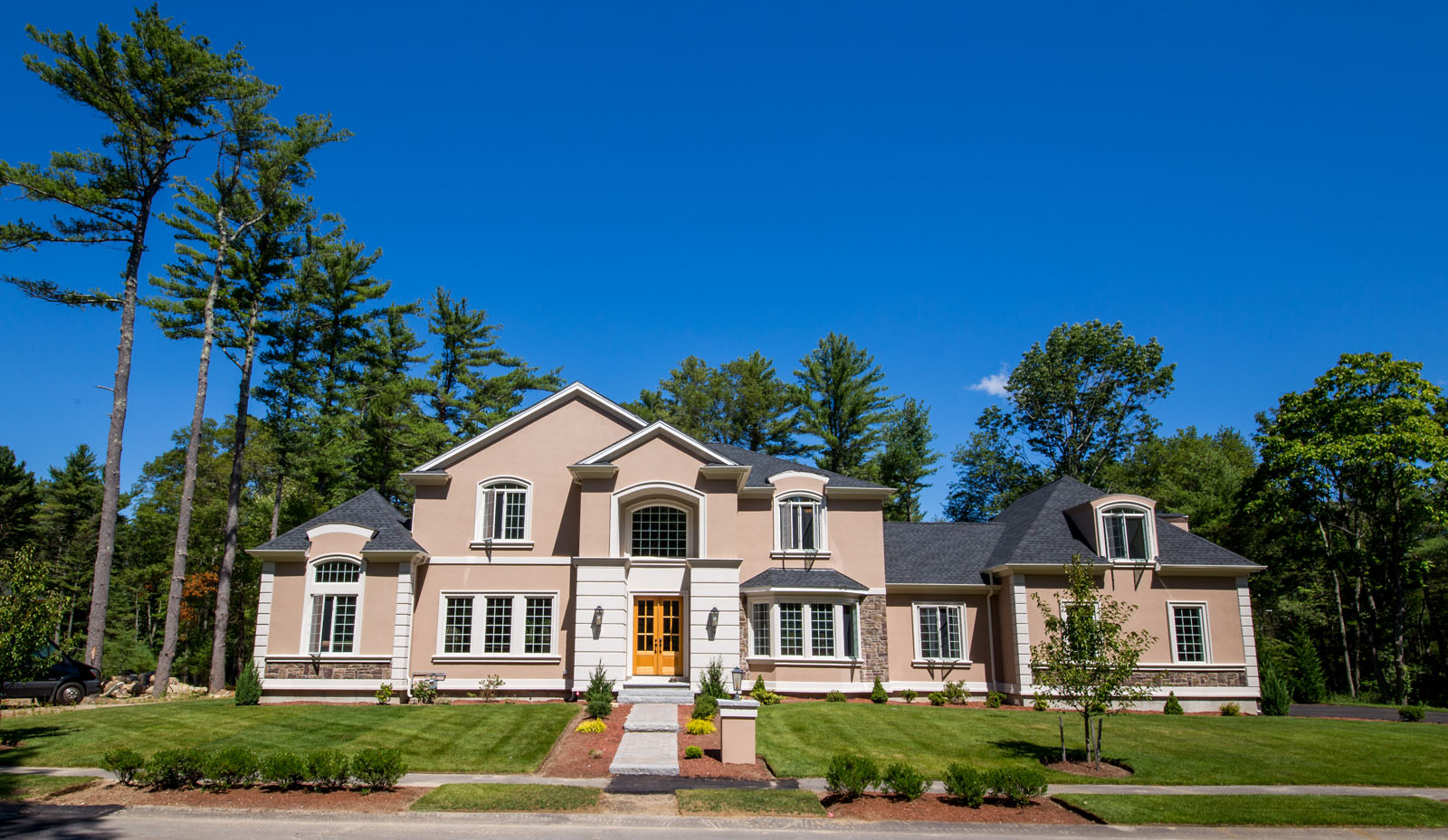 Diamond builders luxury colonial custom homes in new for Home builders in ma